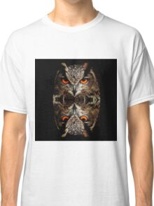 owl reflexion nature wild  animal eagle owl  Classic T-Shirt