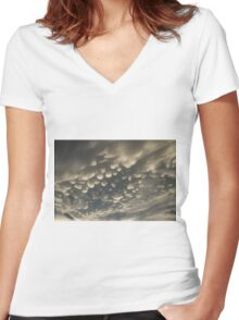 Phenomenal Sky - Fascinating Mammatus Clouds Women's Fitted V-Neck T-Shirt