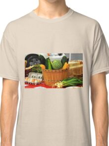 Eggs and vegetables Classic T-Shirt