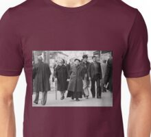 Collector, On the Way to M.Cartier Bresson Paris 1975 7 (n&b)(t) by Olao-Olavia par Okaio Création Unisex T-Shirt
