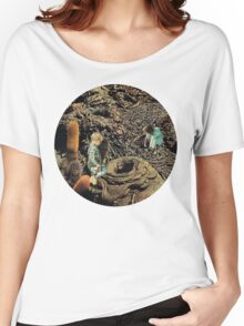 Looking for the lost toys, Vintage Collage Women's Relaxed Fit T-Shirt
