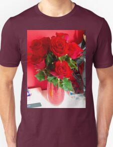 Rosebud. Unisex T-Shirt