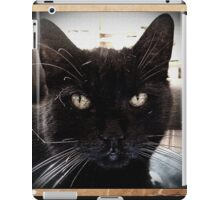 black cat retro iPad Case/Skin
