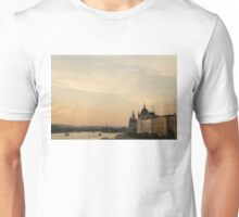Sun sets over Budapest Unisex T-Shirt