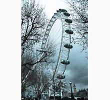 London Eye On a Cold Rainy Day Unisex T-Shirt