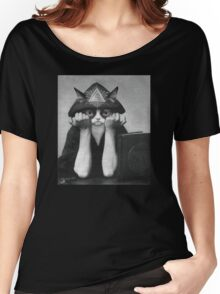 Crowley Cat Women's Relaxed Fit T-Shirt