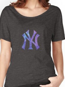 New York Yankees Watercolor Logo Women's Relaxed Fit T-Shirt