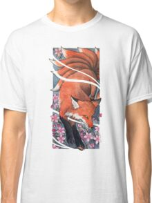 Ninetailed fox / Kitsune with cherry blossoms Classic T-Shirt