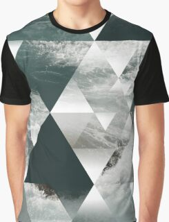 Waves polygon Graphic T-Shirt