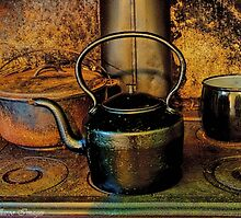 Pot Calls the Kettle Black by wallarooimages