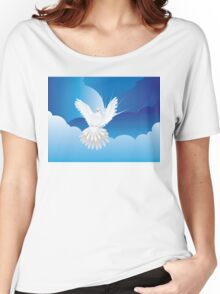 Dove in the Sky Women's Relaxed Fit T-Shirt