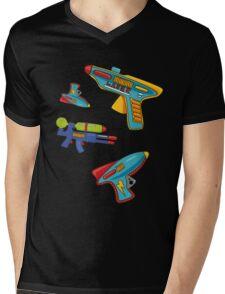 Water gun pattern Mens V-Neck T-Shirt