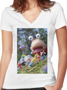 pikmin olamar and co Women's Fitted V-Neck T-Shirt