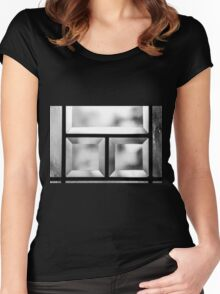 The Looking Glass Women's Fitted Scoop T-Shirt