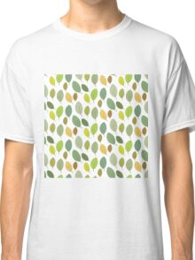 green leaves autumn Classic T-Shirt