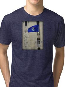 Michigan State Flag On The Guardian Building - Detroit Tri-blend T-Shirt