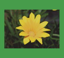 Bright Yellow Gazania Flower Kids Tee