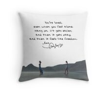 Taylor Swift ootw Throw Pillow