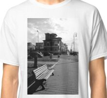 Ostia seafront: buildings, street lamp, cars, bench, fountain Classic T-Shirt