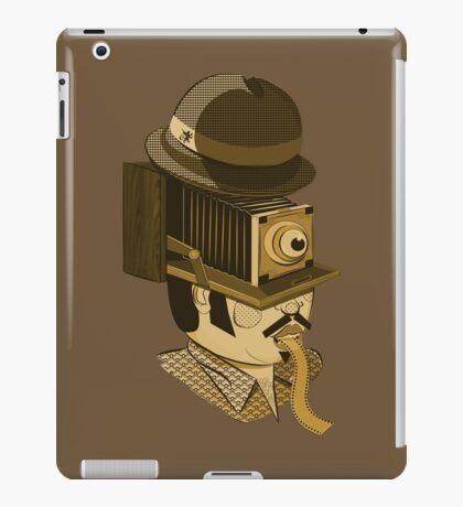 Cyclops photographer iPad Case/Skin