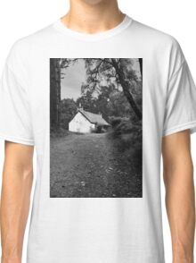 The cottage down the lane Classic T-Shirt