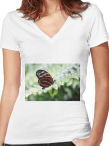 Perched Women's Fitted V-Neck T-Shirt