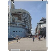 Giants at the Dock  iPad Case/Skin