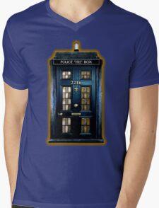 Police Box Doctor Who Mens V-Neck T-Shirt