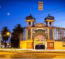 Luna Park - Melbourne by Maciej Nadstazik