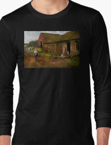 Farm - Life on the farm 1940s Long Sleeve T-Shirt