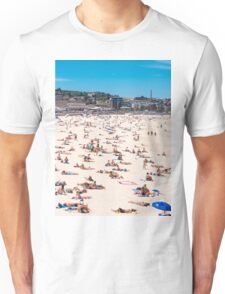 Bondi Beach sun worshippers Unisex T-Shirt