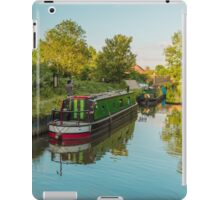 Canal Boats on the River Lee at Harlow Mill Essex UK iPad Case/Skin