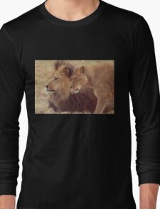 African Male Lion with Lioness Long Sleeve T-Shirt
