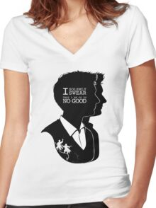 """I solemly swear that i am up to NO GOOD"" Women's Fitted V-Neck T-Shirt"
