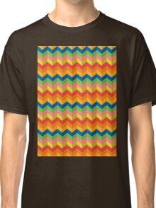 zigzag stripes Classic T-Shirt