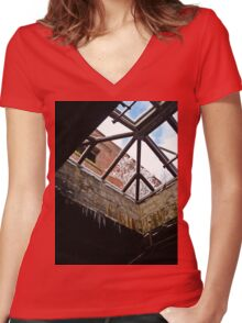 Tree Snow Women's Fitted V-Neck T-Shirt