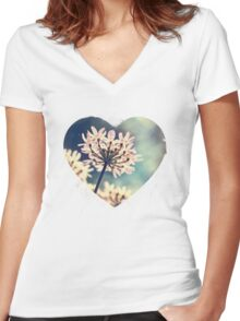 Queen Annes Lace flowers Women's Fitted V-Neck T-Shirt