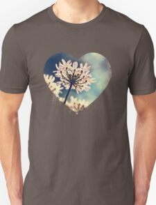 Queen Annes Lace flowers Unisex T-Shirt