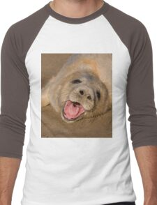 Seal Pup On The Beach At Donna Nook Men's Baseball ¾ T-Shirt