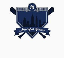New York Yankees - Badge / Alternate Logo Unisex T-Shirt