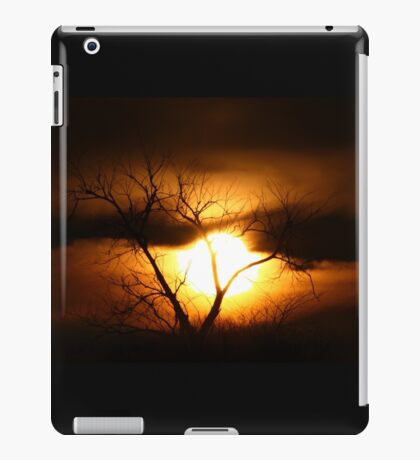 Gloom - Tree iPad Case/Skin