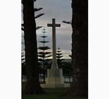 Victor Harbor War Memorial Unisex T-Shirt