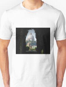 Aventine keyhole, rome T-Shirt