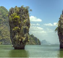 James Bond island by CliveHarris