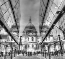 St Pauls Cathedral reflected by CliveHarris
