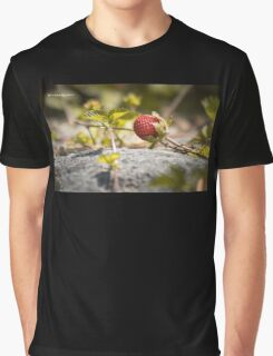 The lonely strawberry Graphic T-Shirt