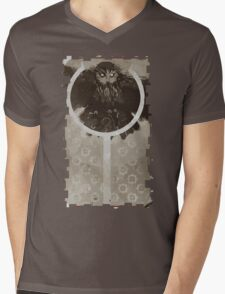 Mage Trevelyan Tarot Card Mens V-Neck T-Shirt