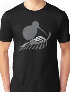 Kiwi Bird and a Silver fern New Zealand  Unisex T-Shirt