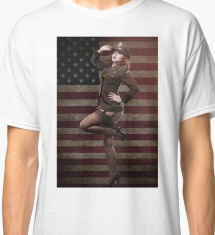Sexy officer of the American forces in World War II Classic T-Shirt