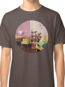 Hanging out at Paul's place, Vintage Collage Classic T-Shirt